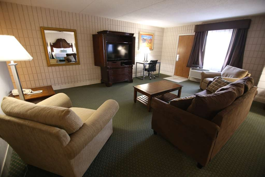 SureStay Plus Hotel by Best Western Farmington - Chambre d'agrément
