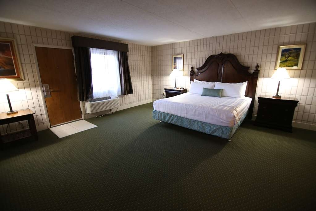 SureStay Plus Hotel by Best Western Farmington - Suite