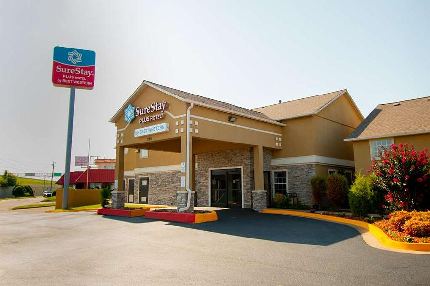 SureStay Plus Hotel by Best Western Tulsa East - Vista exterior