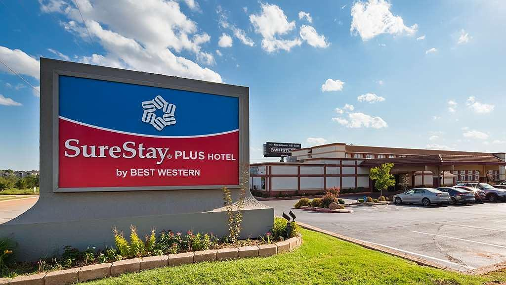 SureStay Plus Hotel by Best Western Oklahoma City North - Vista exterior