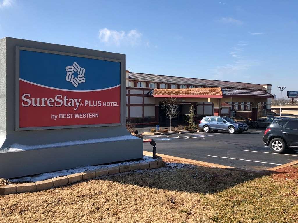 SureStay Plus Hotel by Best Western Oklahoma City North - Facciata dell'albergo