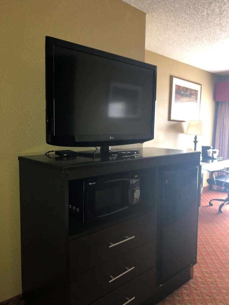 SureStay Plus Hotel by Best Western Oklahoma City North - Chambre d'agrément