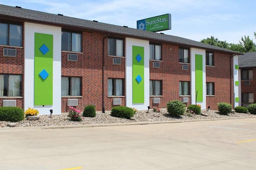 SureStay Hotel by Best Western Cedar Rapids - Façade