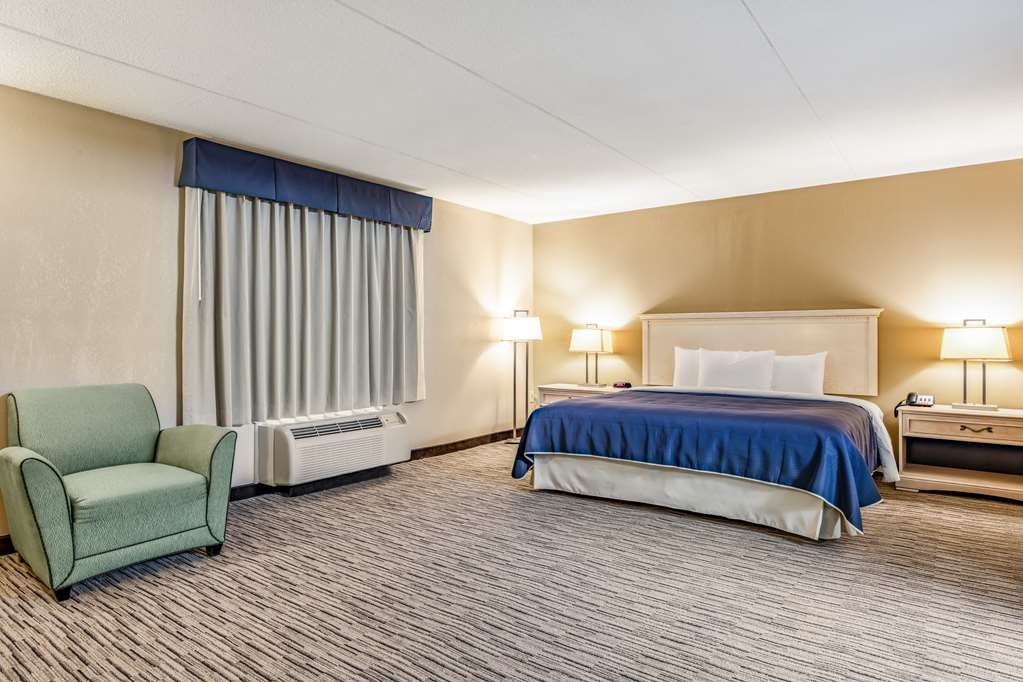 SureStay Hotel by Best Western Tupelo North - Suite