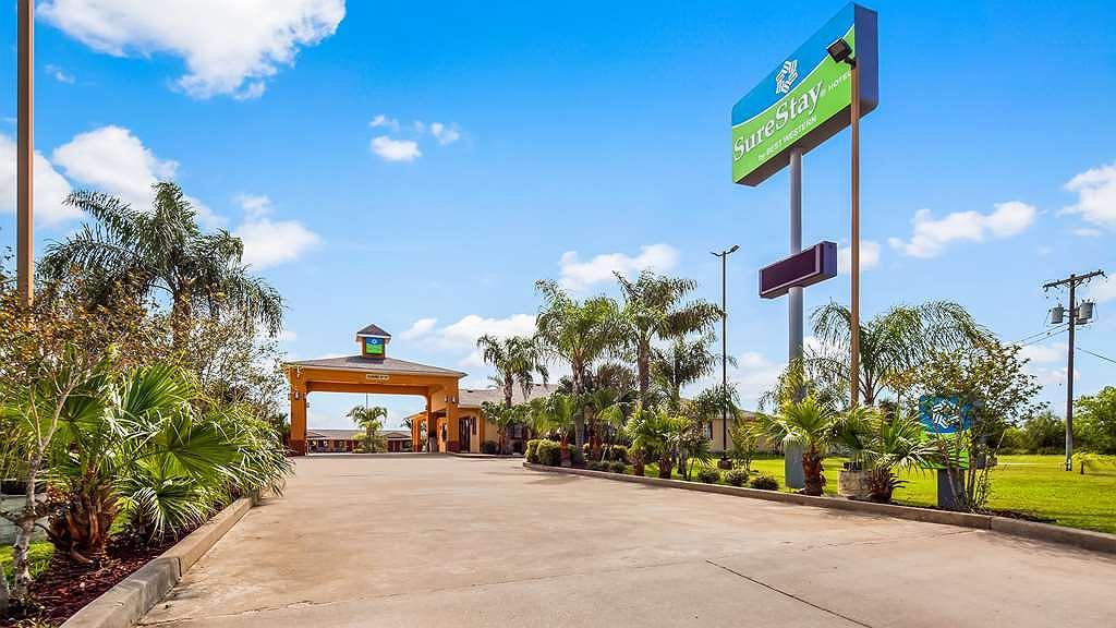 SureStay Hotel by Best Western Falfurrias - Aussenansicht