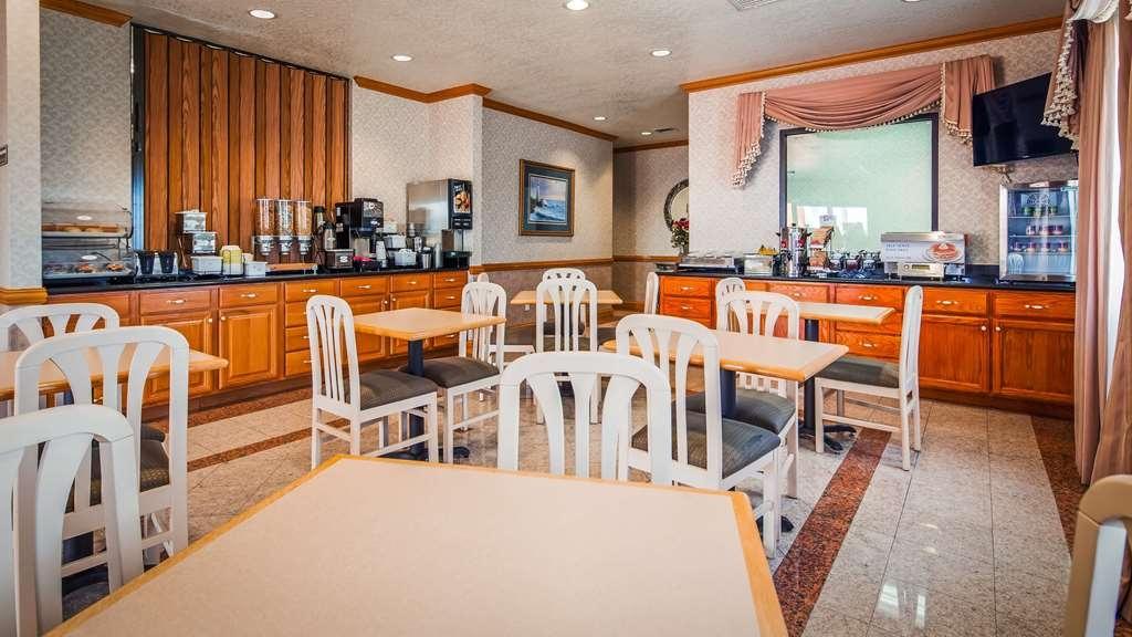 SureStay Hotel by Best Western Falfurrias - Breakfast Area