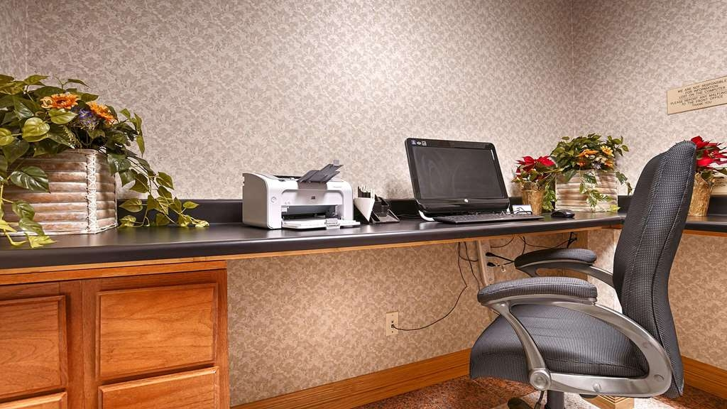 SureStay Hotel by Best Western Falfurrias - Business Center
