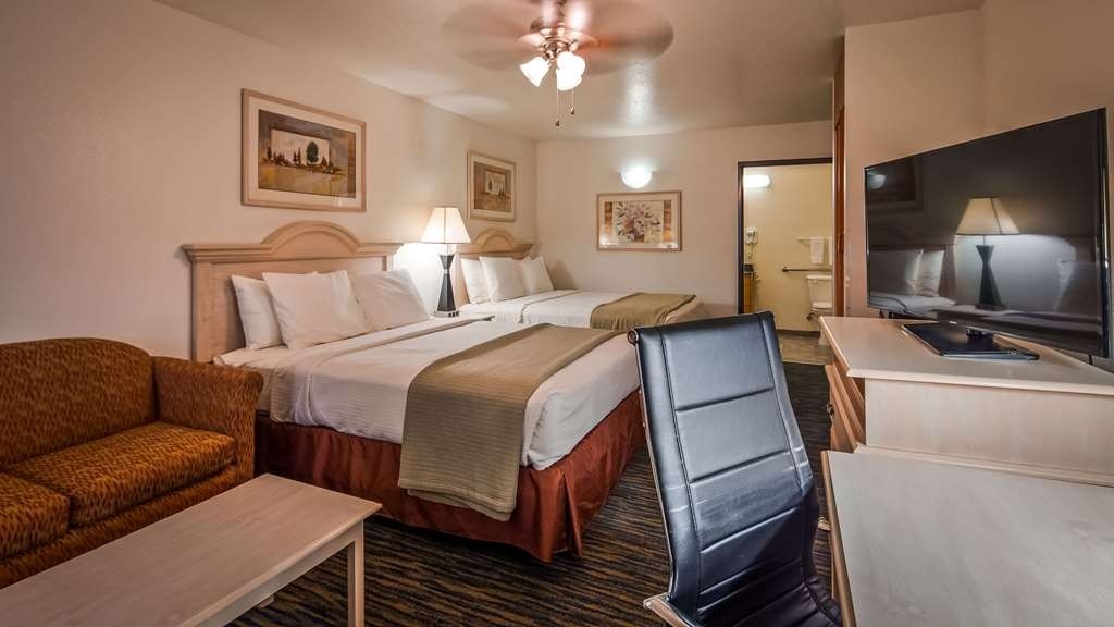 SureStay Hotel by Best Western Falfurrias - Guest Room with Two Queen Size Beds