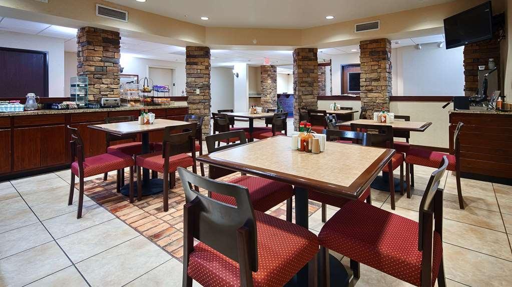 SureStay Plus Hotel by Best Western Coffeyville - Restaurant / Etablissement gastronomique