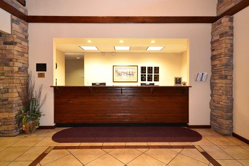 SureStay Plus Hotel by Best Western Coffeyville - Vue du lobby