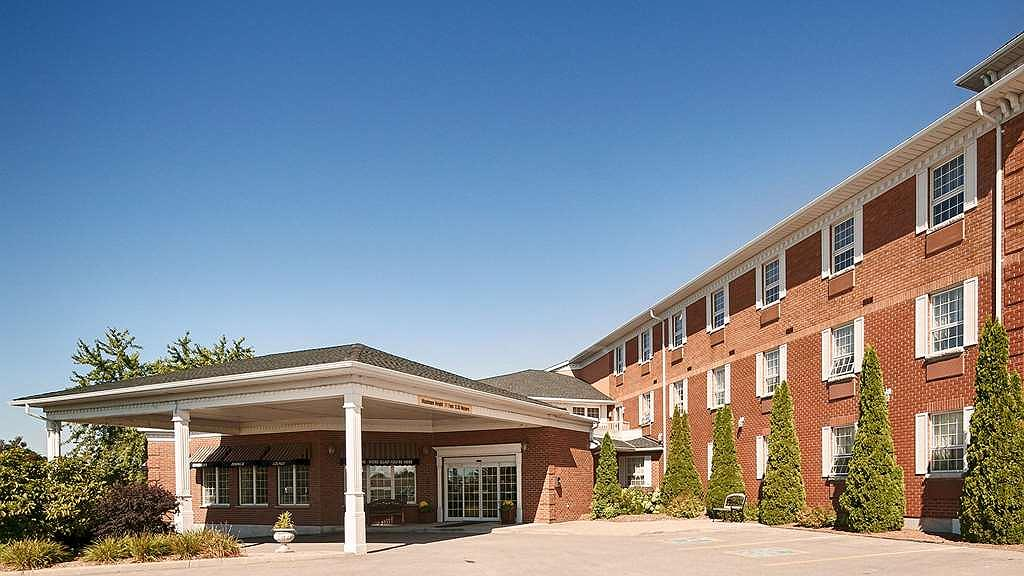 SureStay Plus Hotel by Best Western Kincardine - Vista exterior