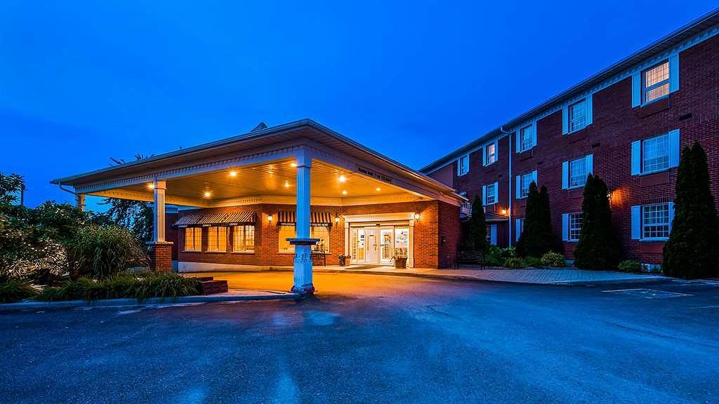 SureStay Plus Hotel by Best Western Kincardine - Aussenansicht