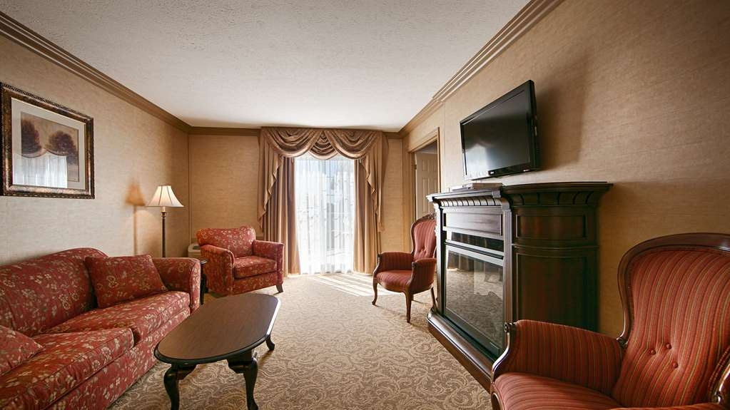 SureStay Plus Hotel by Best Western Kincardine - Suite