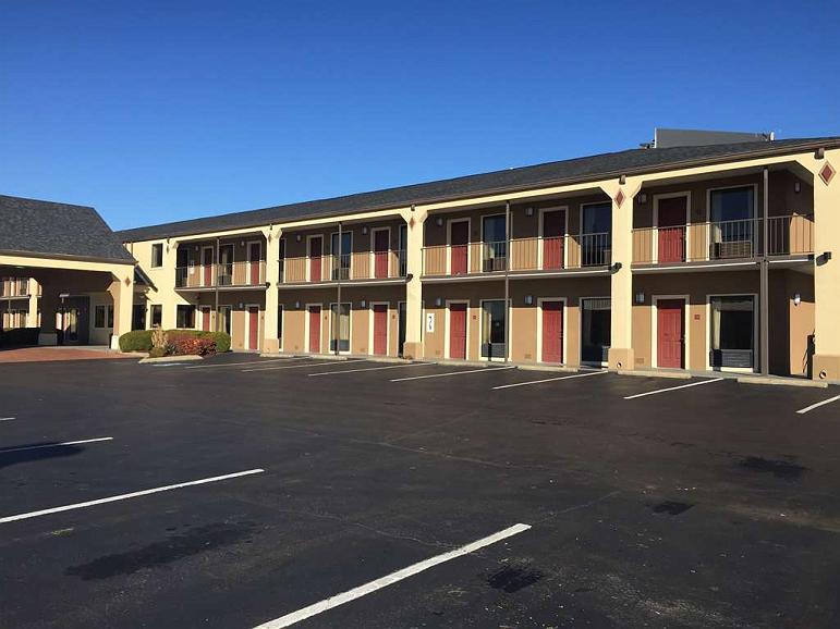 SureStay Plus Hotel by Best Western Jackson - Facciata dell'albergo