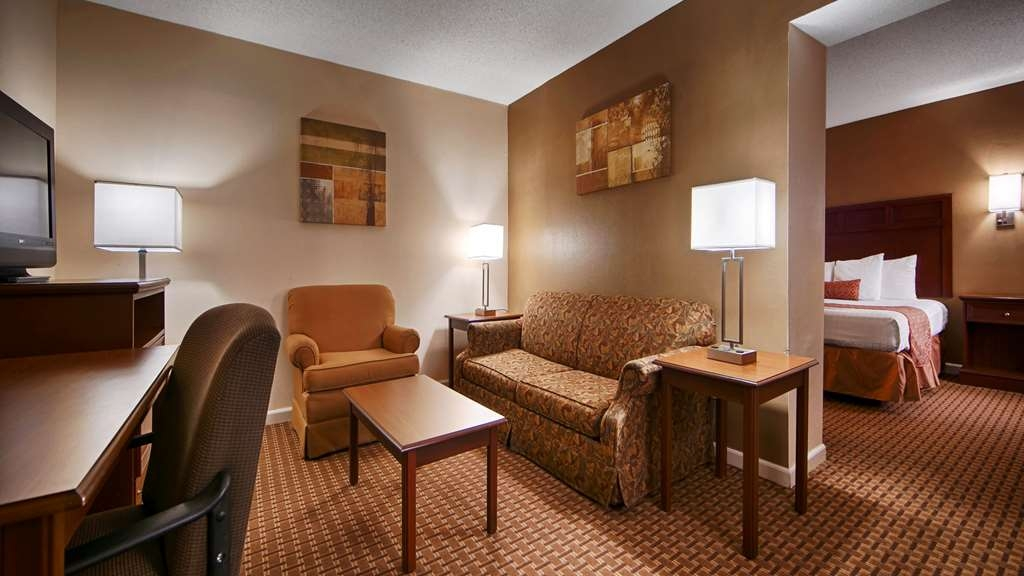 SureStay Plus Hotel by Best Western Jackson - Suite