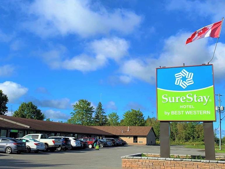 SureStay Hotel by Best Western Kemptville - Vista exterior