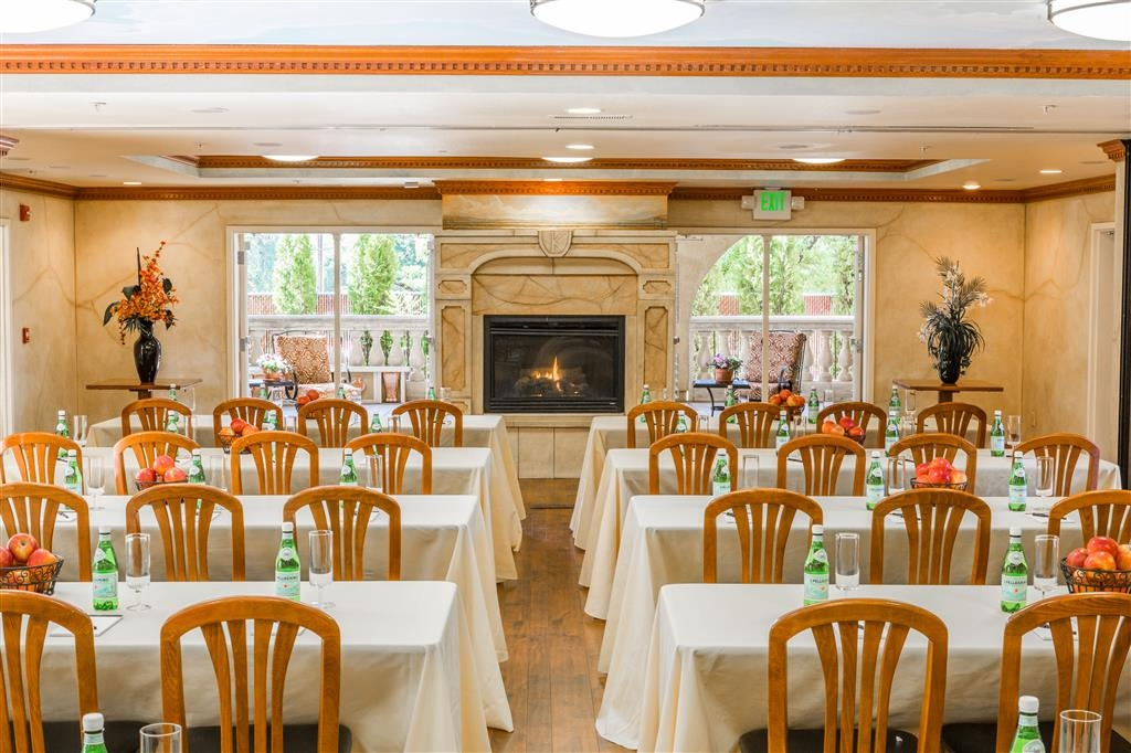 Best Western Dry Creek Inn - We can plan your next affair in one of our Krug Event Center, call us today and inquire.