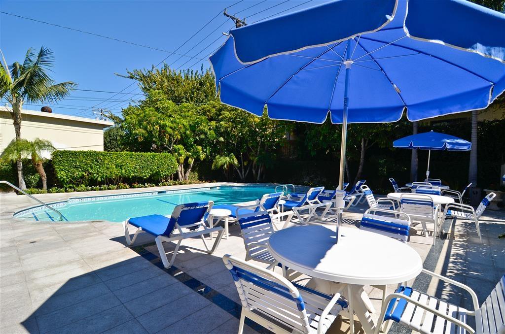 Best Western Plus Newport Mesa Inn - Swimming Pool