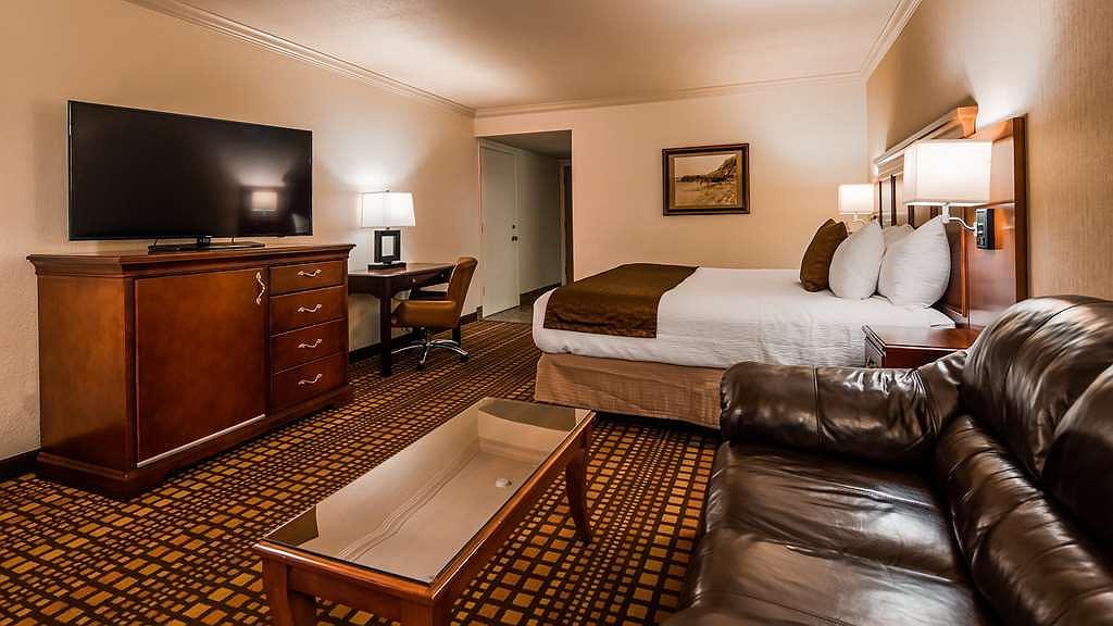 Hotel in Garberville | Best Western Plus Humboldt House Inn