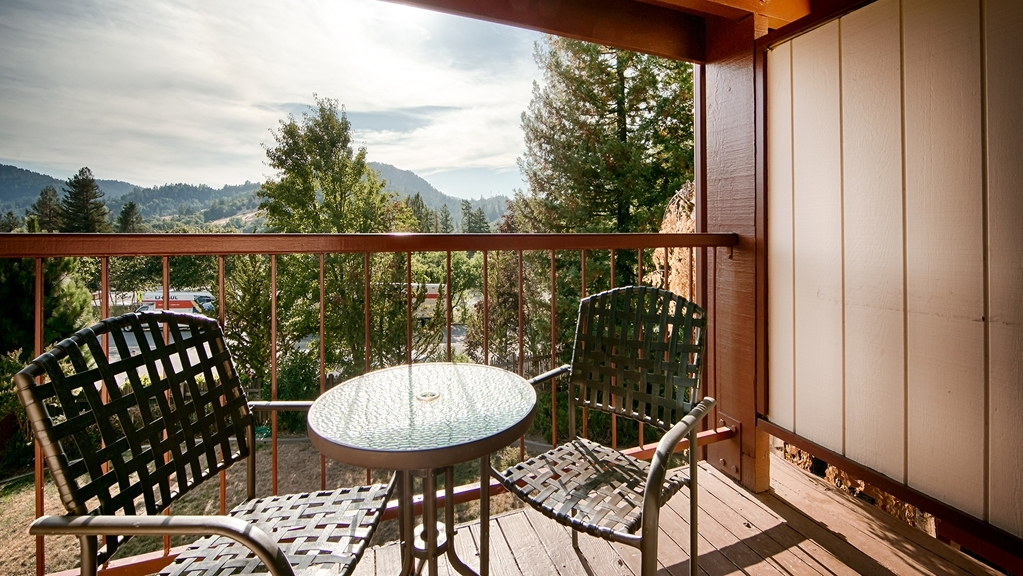 Best Western Plus Humboldt House Inn - Enjoy the view from our Guest Room Balcony