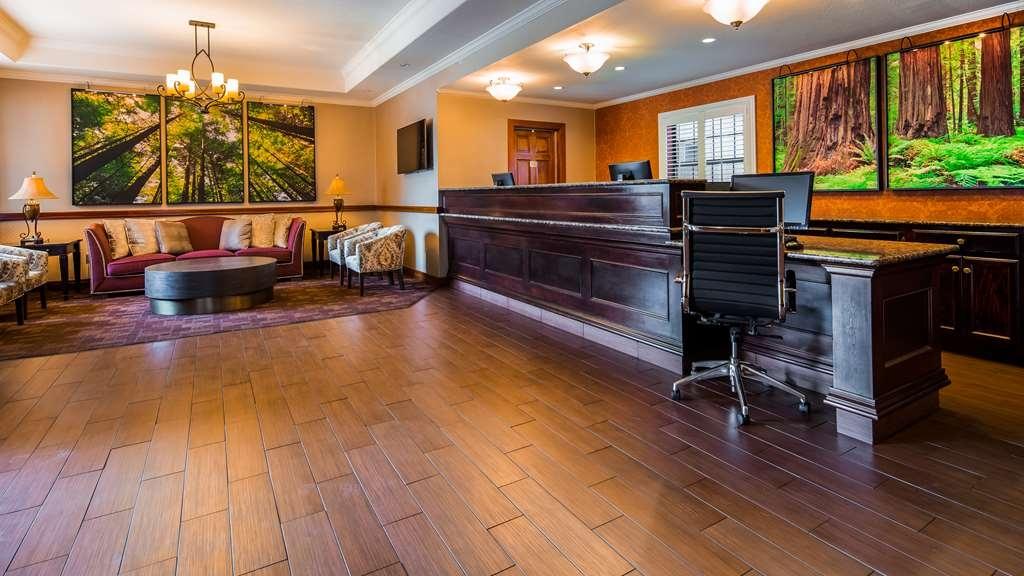 Best Western Plus Humboldt House Inn - Hall