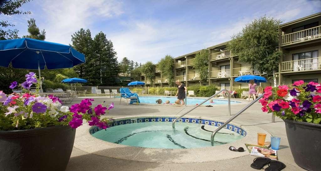 Best Western Plus Humboldt House Inn - Piscina