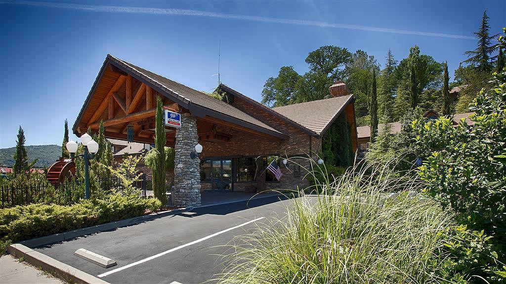 Best Western Plus Yosemite Gateway Inn - Aussenansicht