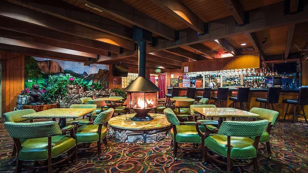 Hotel in Oakhurst | Best Western Plus Yosemite Gateway Inn