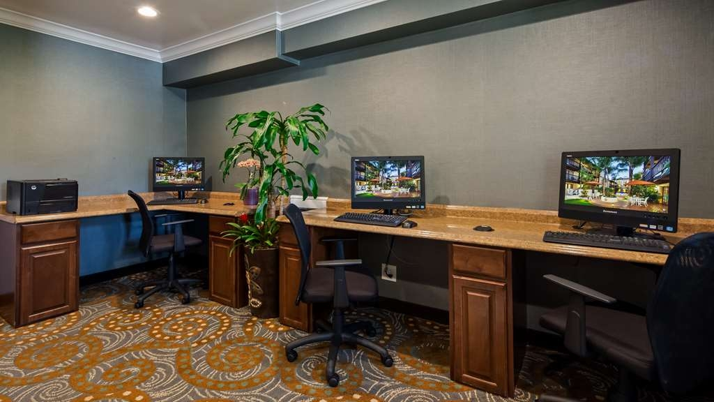 Best Western Plus Carpinteria Inn - Business Center