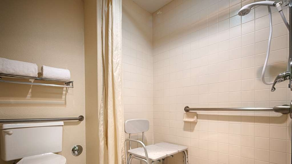 Best Western Desert Villa Inn - ADA Mobility Accessible Roll in Shower