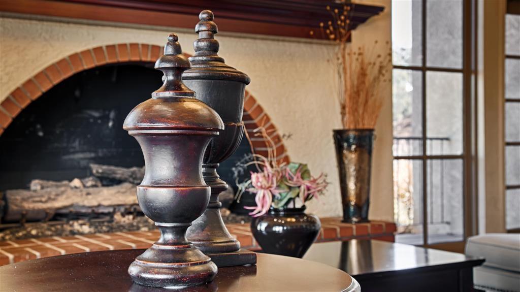 Best Western Desert Villa Inn - Decor