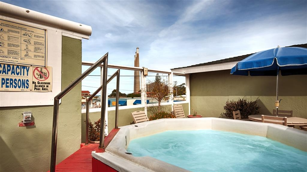 Best Western Tradewinds - Relax and unwind in our hot tub after a long day of traveling.