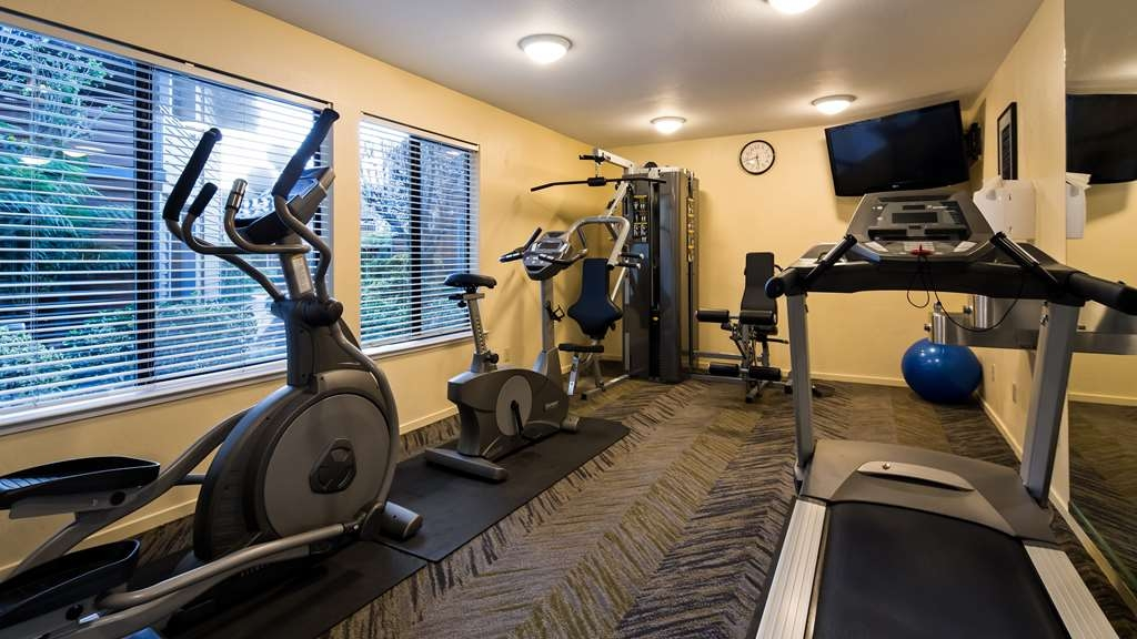 Best Western Seacliff Inn - Fitness Center