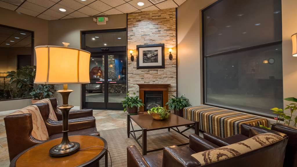 Best Western Plus Yosemite Way Station Motel - Hall