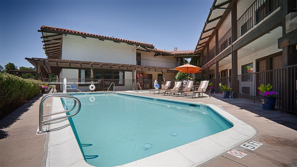 Best Western Plus Inn Scotts Valley - Our outdoor pool is the perfect place to end your day.