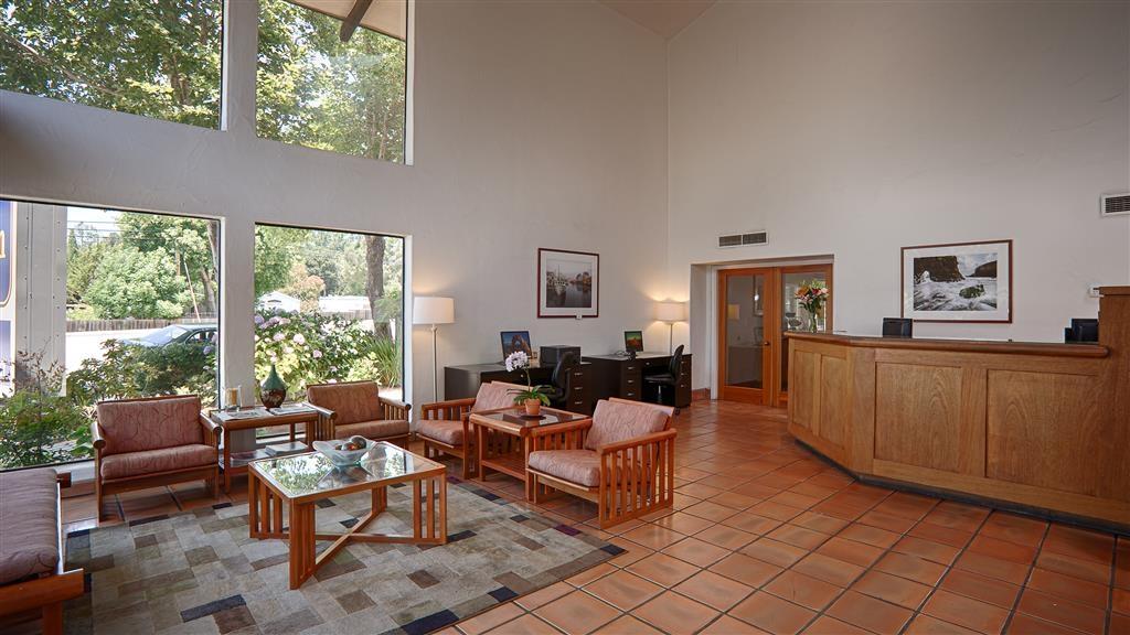 Best Western Plus Inn Scotts Valley - Réception