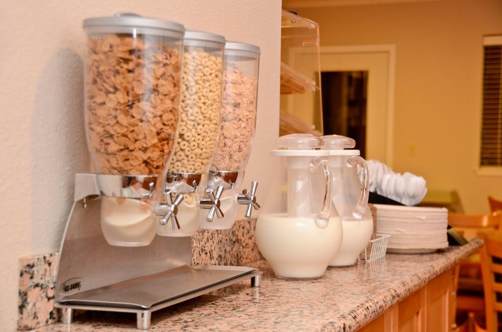 Best Western Plus Inn Scotts Valley - Cereal is also available to you; we having something for everyone.
