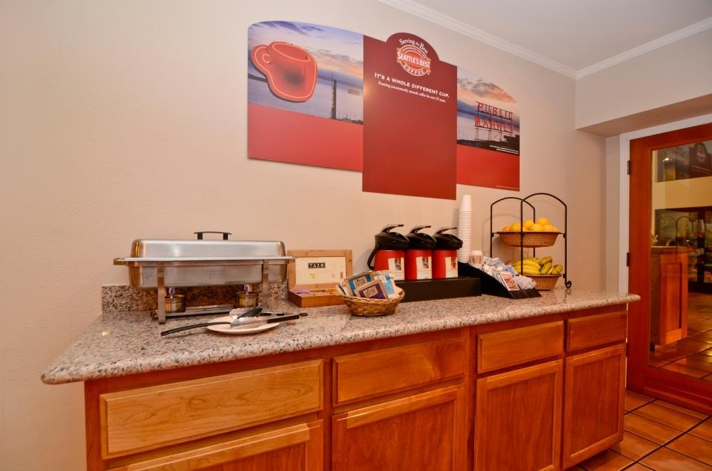 Best Western Plus Inn Scotts Valley - Kick-start your morning off right with a unlimited cup of Seattle's Best coffee.