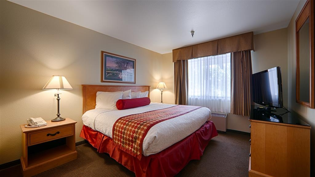 Best Western Plus Inn Scotts Valley - Have the perfect trip when you stay with us and book our king guest rooms for maximum comfort.