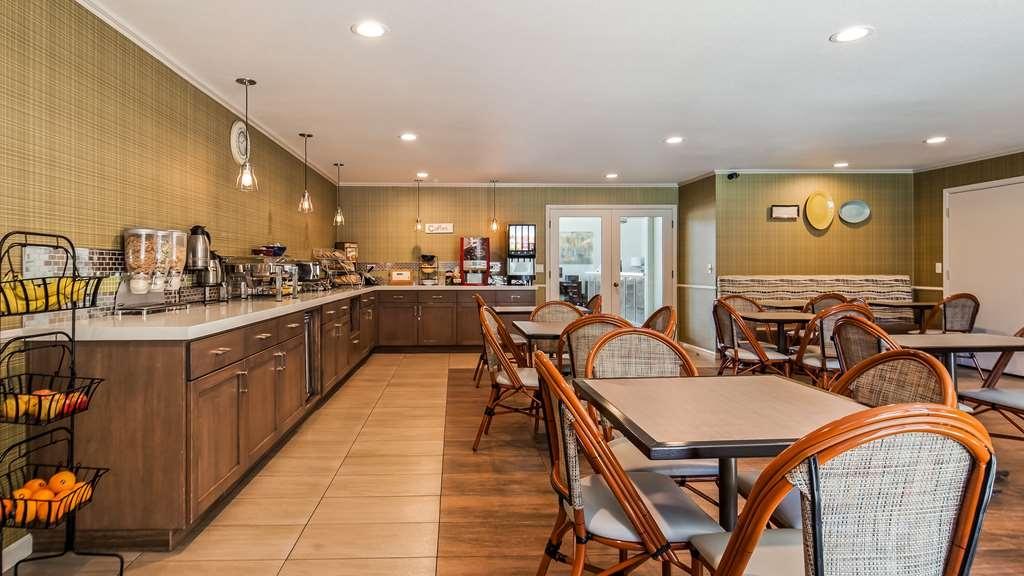 Best Western Plus Inn Scotts Valley - Breakfast Area