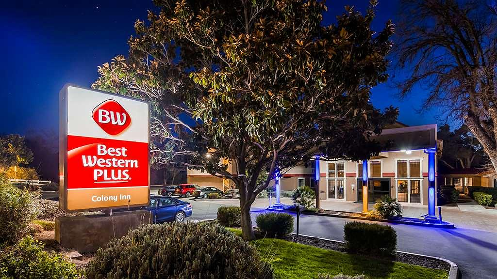 Best Western Plus Colony Inn - Aussenansicht
