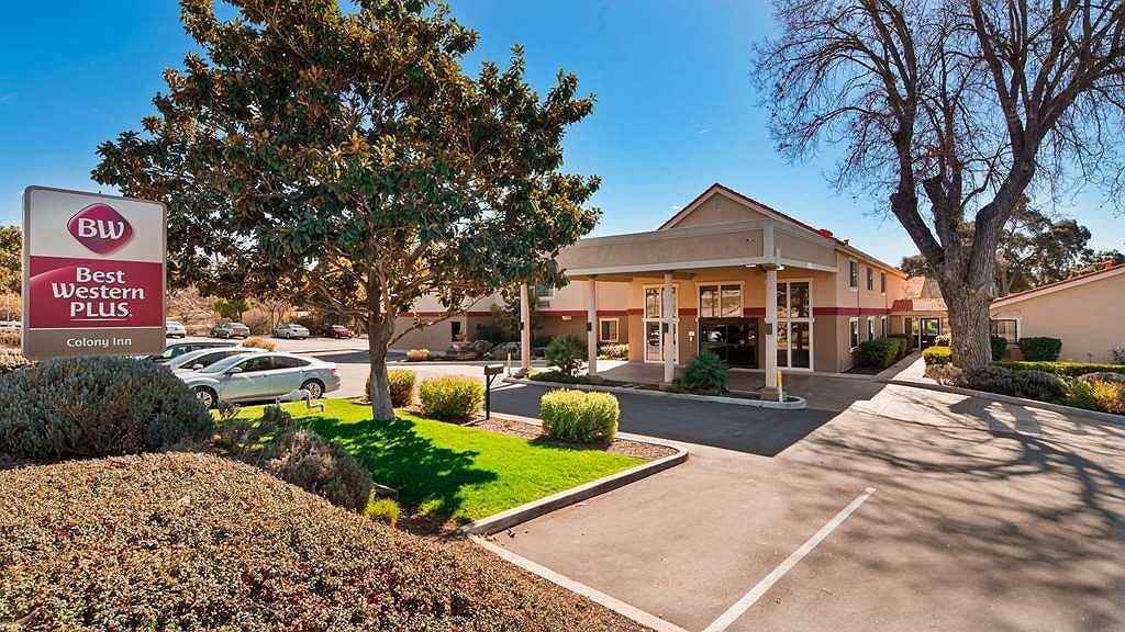 Best Western Plus Colony Inn - Vue extérieure