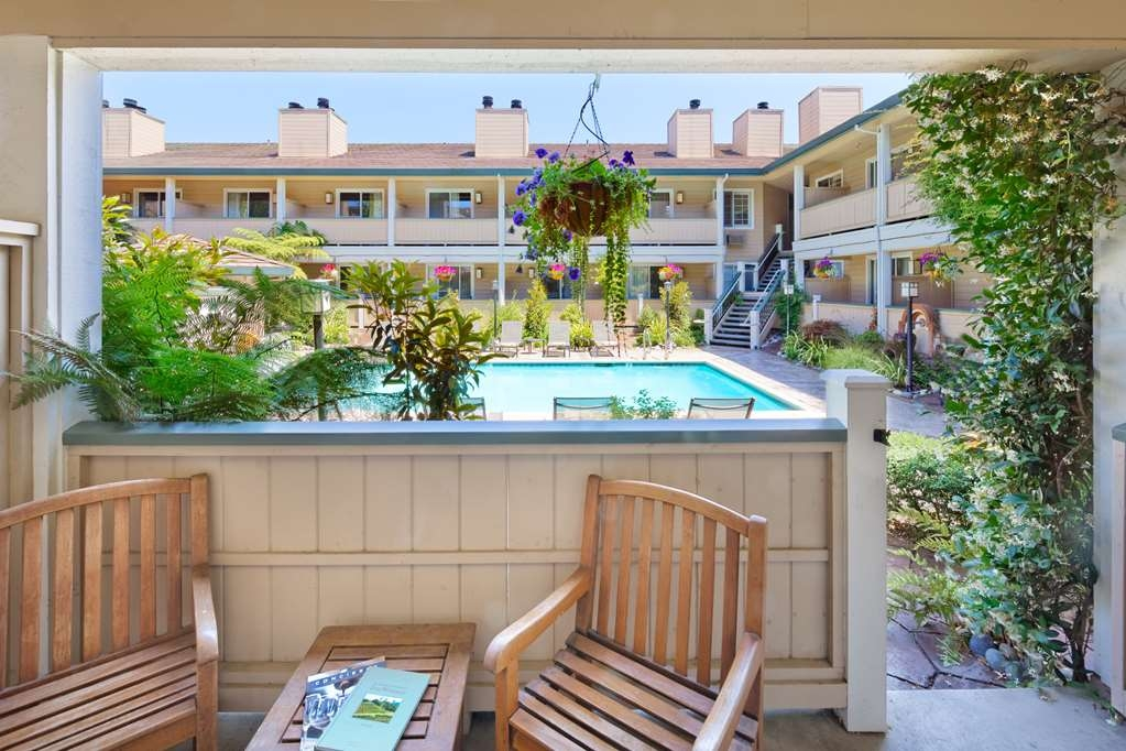 Best Western Sonoma Valley Inn & Krug Event Center - Garden Room Balcony/Patio