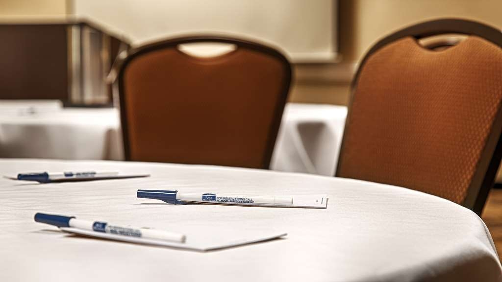 Best Western Heritage Inn - We offer the perfect conference room to exchange business ideas or strategies.