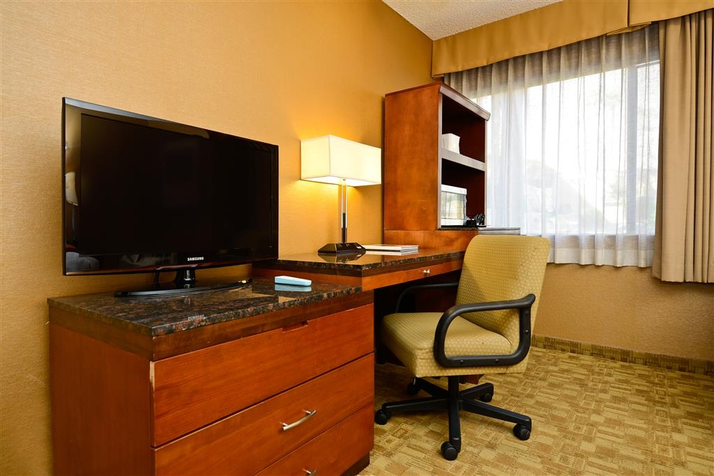 Best Western Inn at Palm Springs - Our ADA mobility accessible king guest room with has a LCD TV, wireless internet, safe, refrigerator, coffee maker, and iron/ironing board.