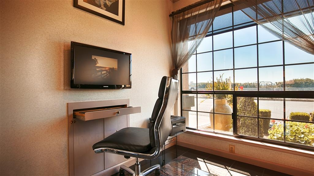 Best Western Inn - Stay productive during your time away from home in our business center.