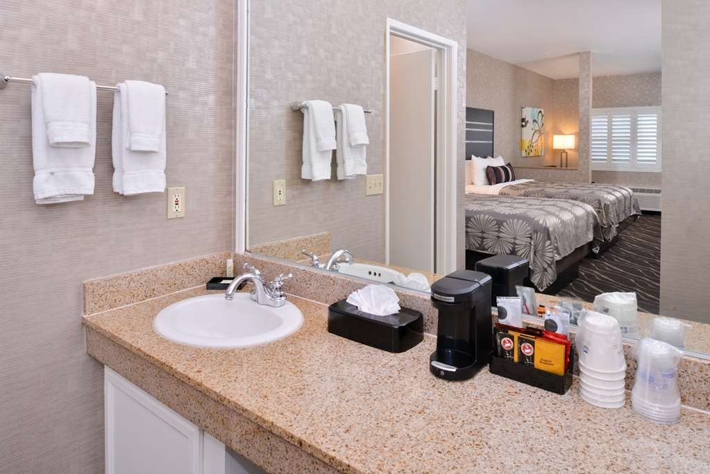 Best Western Plus Park Place Inn - Mini Suites - Cuarto de baño de clientes