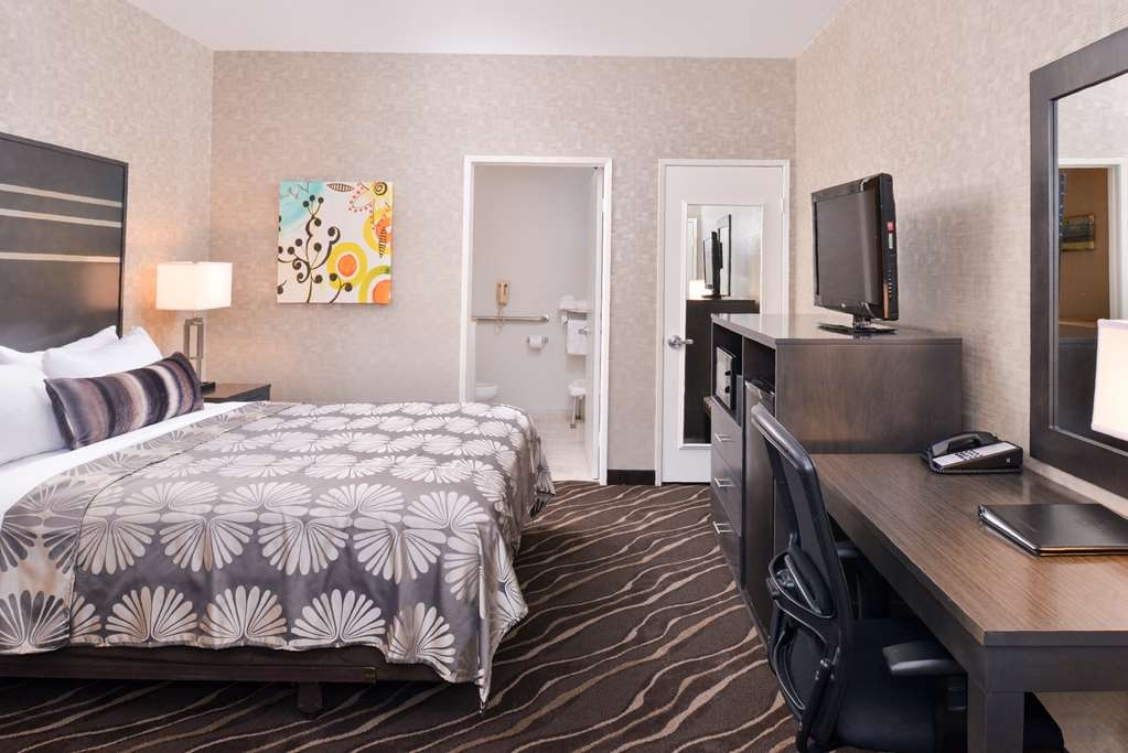 Best Western Plus Park Place Inn - Mini Suites - Kingsize-Gästezimmer mit Sofabett