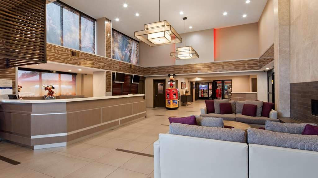 Best Western Plus Park Place Inn - Mini Suites - Lobbyansicht