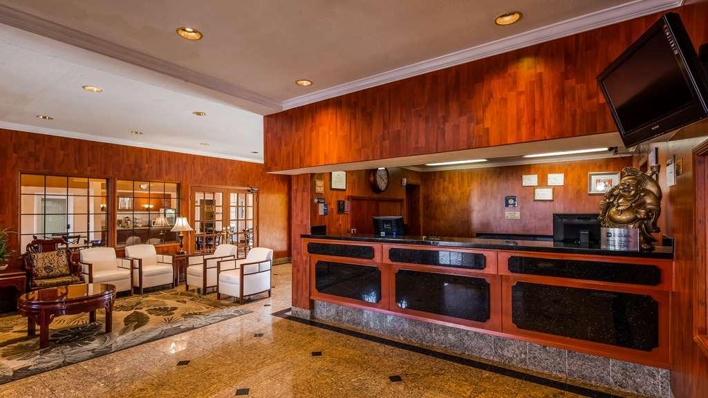 Best Western Moreno Hotel & Suites - Lobbyansicht